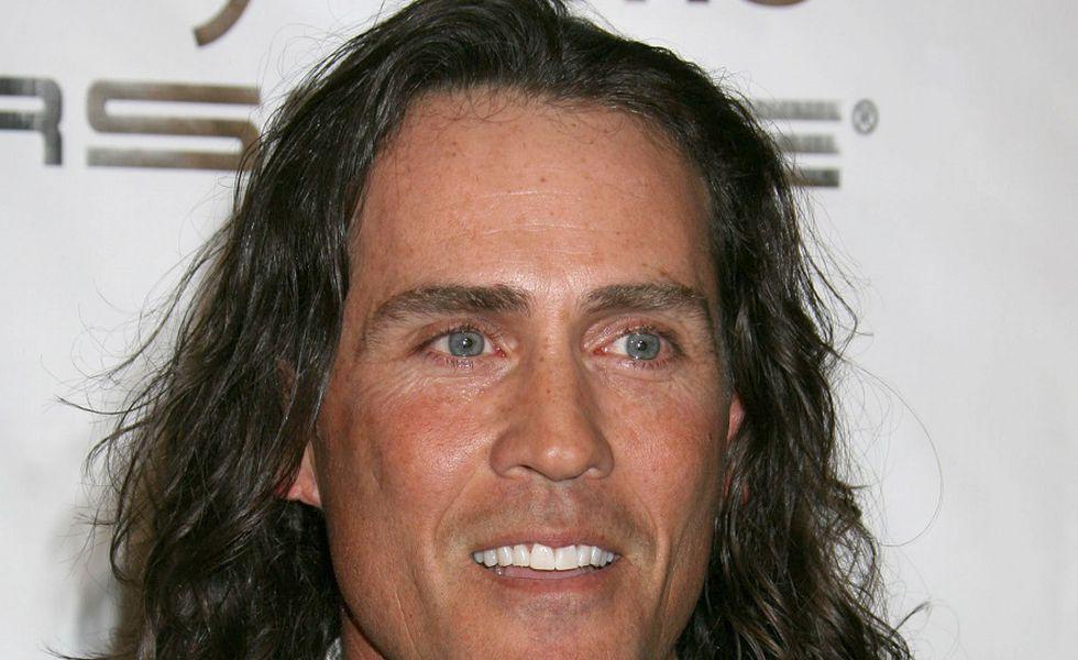 A murit Tarzan într-un accident aviatic